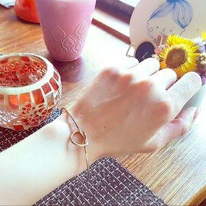 Jewelry - Knot Bracelet Gift Box